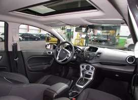 Vendo vehículo Ford fiesta Sedan