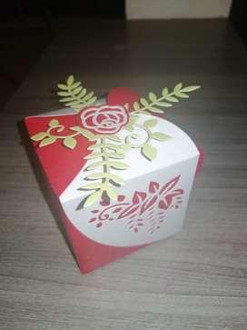Cajas troqueladas para recordatorios