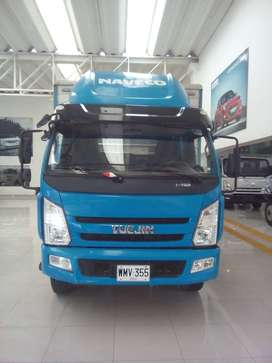 Venta de camion furgon con plataforma hidraulica