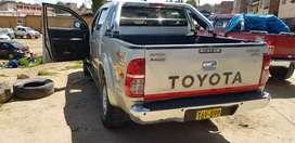 Se vende Toyota full negociable uso particular