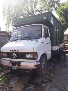 Camión Tata