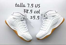 Tenis and 1