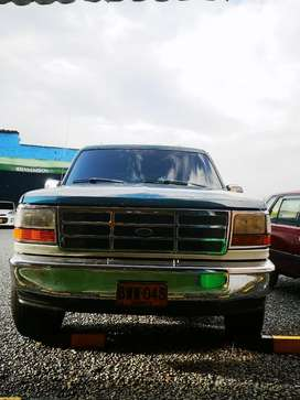 Se vende Ford Bronco precio negociable