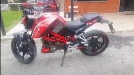 Moto Axxo asfalt