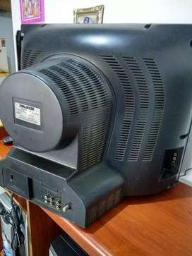 Se vende televisor Challenger de 21 pulgadas en buen estado