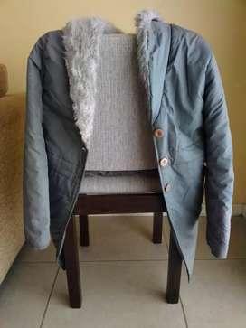 Campera larga gris