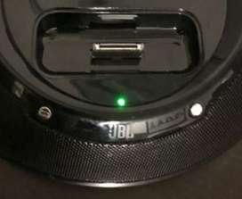 Regale Altavoces JBL On Stage IIIP Dock para altavoces portátiles para iPod y iPhone 3G Control remoto Batería o A/C