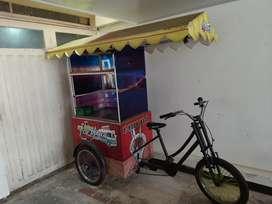Triciclo ideal venta chicha / mazamorra 1 persona a pedal
