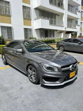 Mercedes benz cla45AMG