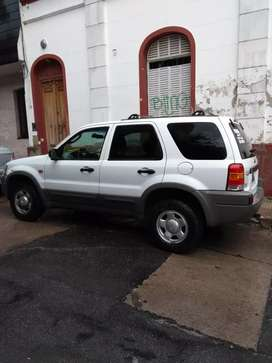 Urgente vendo camioneta Ford impecable