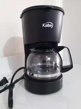 Cafetera Kalley K-MCM4N negra 4 tazas nueva