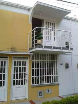 Venta casa dúplex Villa del Prado
