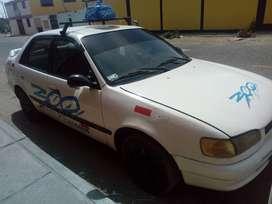 vendo auto toyota corolla año 97 petrolero, mecanico papeles en regla