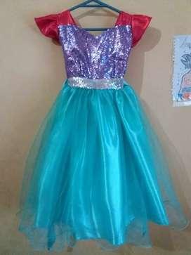 Vendo vestido de sirenita nuevo