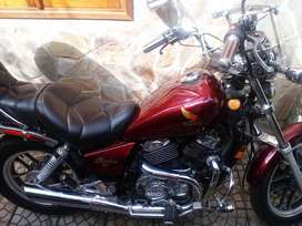 Vendo honda shadow 500