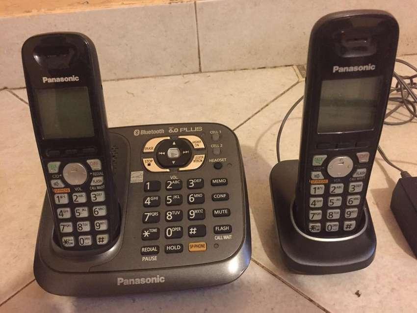 Telefono inalambrico con base aux y contestador Panasonic 0