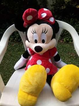 Minnie Mouse Muñeca