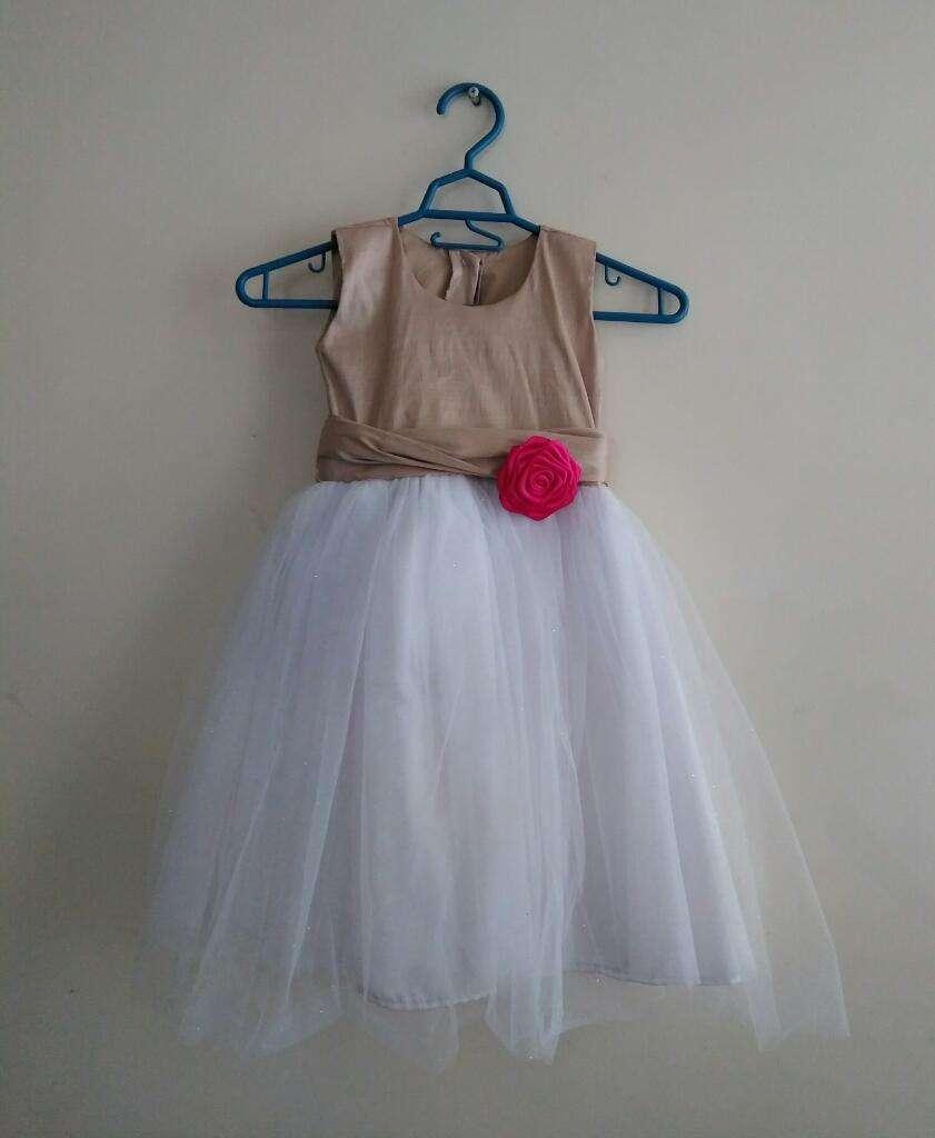 Se Vende Vestido Elegante para Niña 0