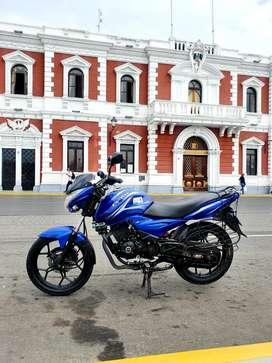 Vendo moto Discover 150 S azul