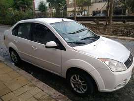 Ford Fiesta Max Edge Plus 2010