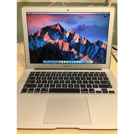 Apple 2014 Macbook Air 13.3 Pulg 4GB Ram 256 SSD Core i5-4260U Dual-Core 1.4GHz Intel HD Graphics 5000 Usado