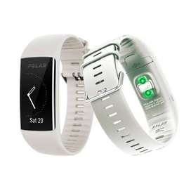 POLAR A 370 FITNESS TRACKER BLANCO