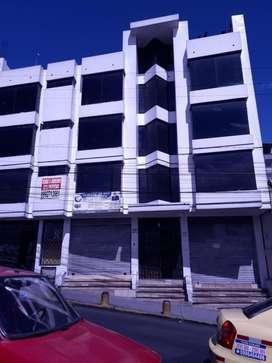 Vendo o Arriendo Propiedad de 900m2  en sector    comercial del Sur de Quito