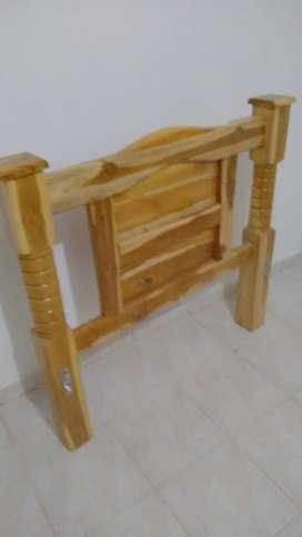 Venta de camas en madera teka