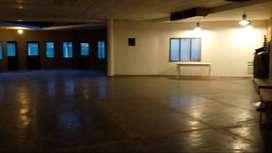 OPORTUNIDAD DE INVERSIÓN: enorme salón comercial + vivienda familiar en Villa Allende