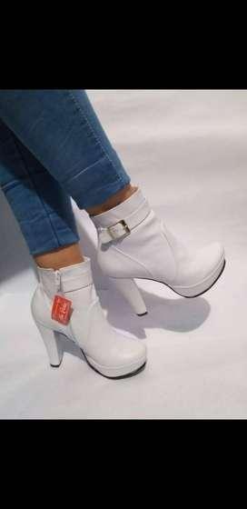 Zapatos de Tacón -Blancos