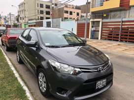 Toyota Yaris 2015 automático full equipo