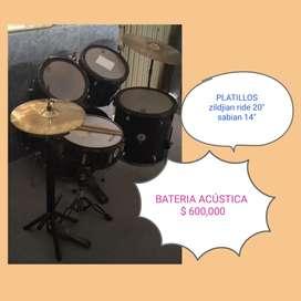 Bateria acústica