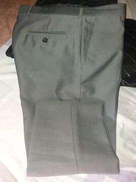 Pantalon de vestir nuevo
