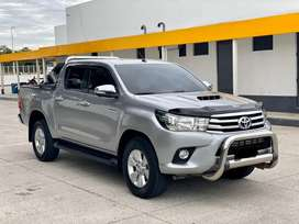 Toyota Hilux SRV 2016 Automático 4x4 Full Equipo