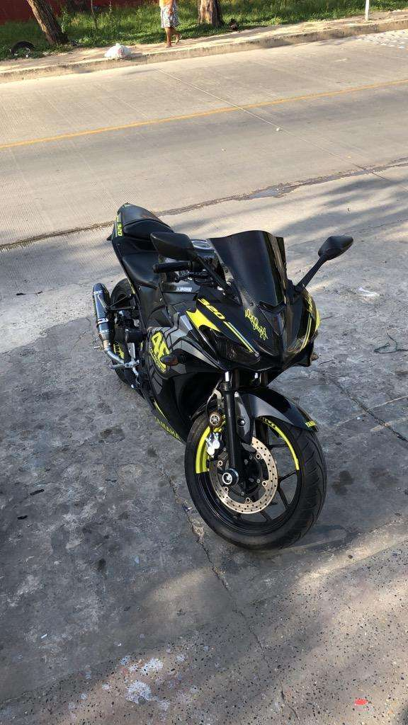 Yamaha R3 2015 Linda ! 0