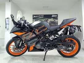 KTM Duke RC 200 Edición Black ¡Deja tu usada en parte de pago!