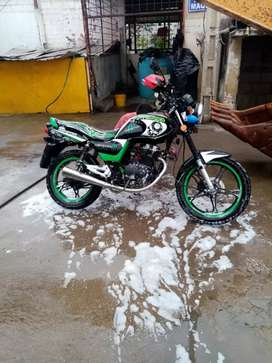 Moto QMC