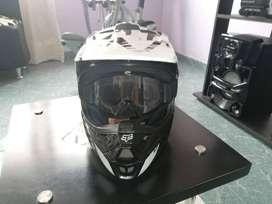 Casco Motocross Fox V1