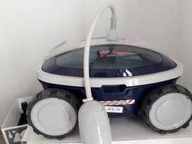 Aquabot i2  Robot limpiafondo de piscinas