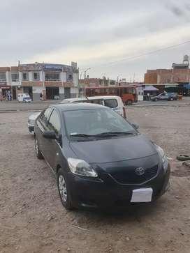 Se vende Toyota Yaris uso particular
