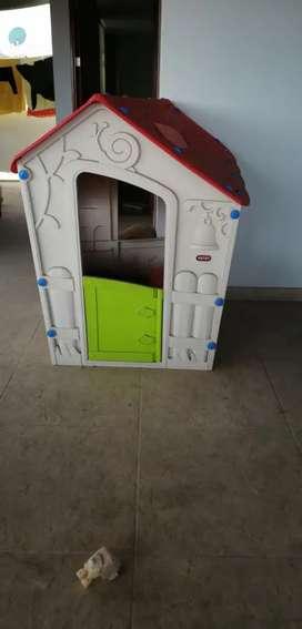 Casa de juego 1.46 m. para niño o niña