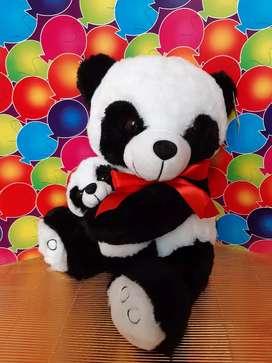 Mamá osa panda y bebé