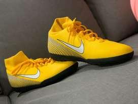 Botas Nike mercurial originales, totalmente nuevas