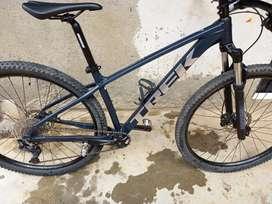 Vendo Bicicleta Trek Martin 7 /2021
