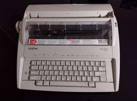 Maquina de escribir electrónica ML 100