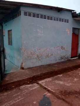 Casa  4 alcobas 2 baños 1 patio