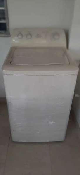 Lavadora Centrales 18kg Extra Capacidad. Precio Negociable.