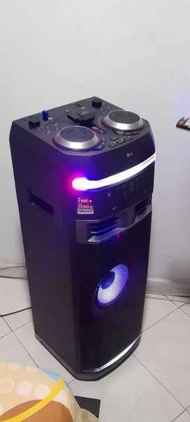 Torre de sonido LG OK75 Bluetooth