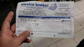 Vendo caja registradora  como nueva comprada en Julio de año pasado con factura y su caja ojo solo la registradora 400 m