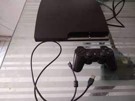 PS3 Slim bien cuidada